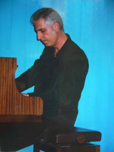 Concierto de piano. FERMIN HIGUERA, Ginebra (Suiza) en apoyo de Fundación ARGUR. 21 DE ABRIL DE 2006.