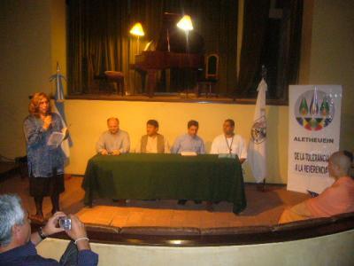 ENCUENTRO ARTÍSTICO DE REFLEXIÓN Y DIÁLOGO- 12 de junio de 2009. MANZANA DE LAS LUCES.